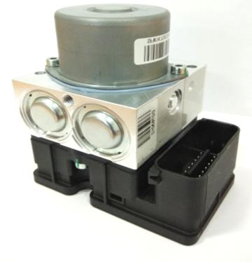 Impianto ABS a doppio canale F/R all-in-one. Completamente integrato. Dimensioni di soli 80x80x100mm.