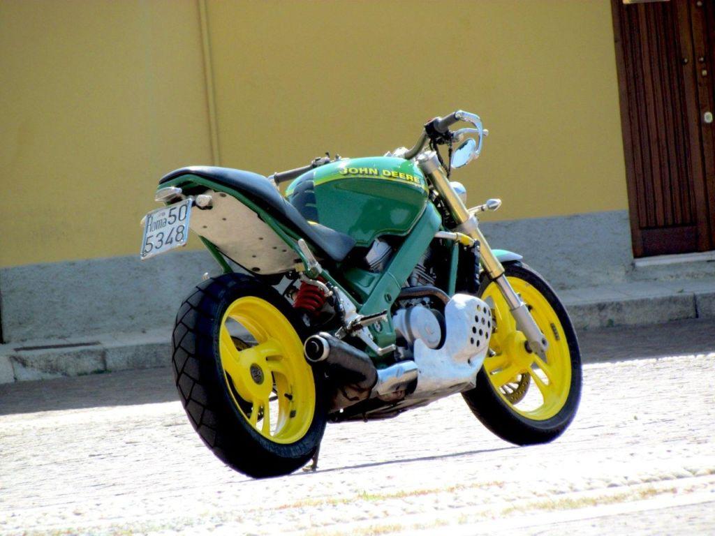 定制摩托车米兰