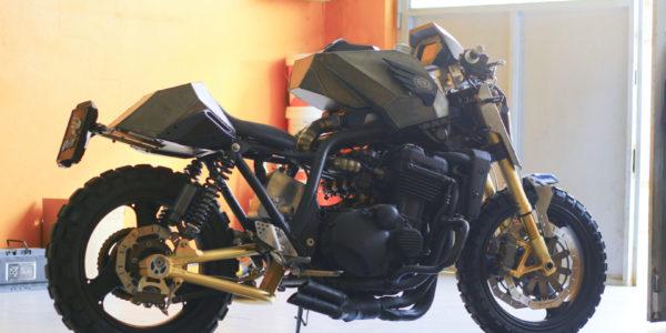 """Kawasaki ZXR 1100 & Quot; Lamaialona"""""""