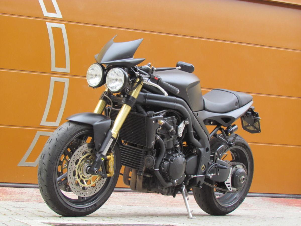 """Triumph Speed Triple 1050 & Quot; Velocidade Preto"""""""